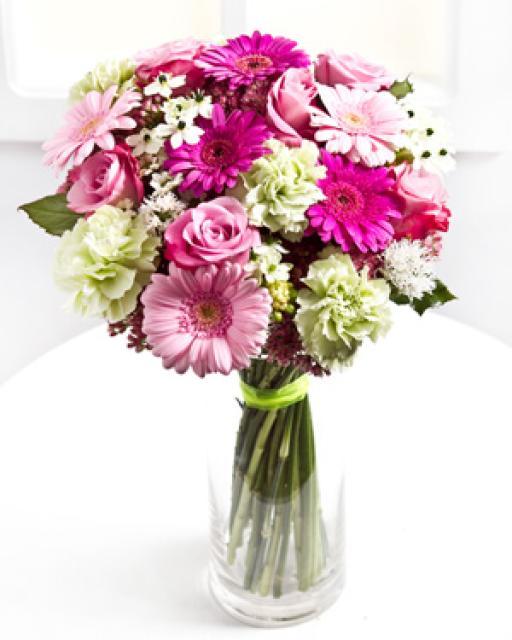 Mišri skintų gėlių puokštė
