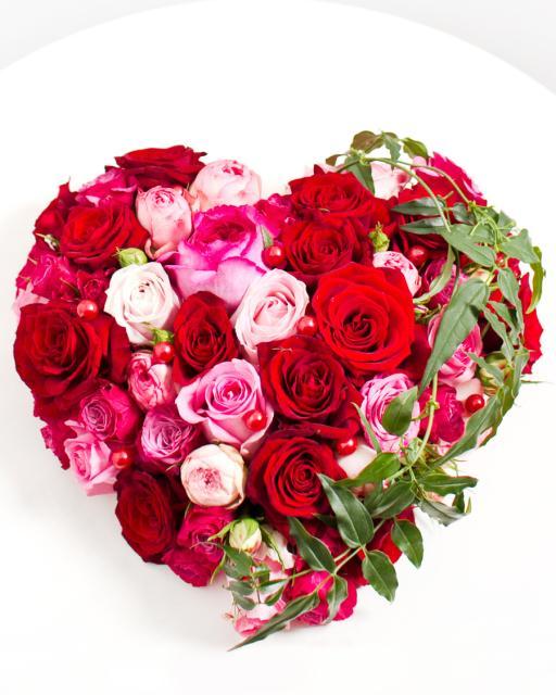 Širdies formos kompozicija įsimylėjėliams