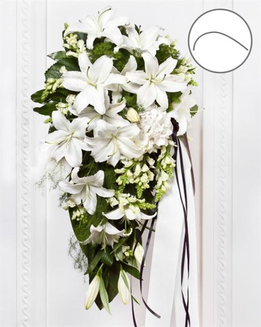 Laidotuvių puokštė su baltomis gėlėmis