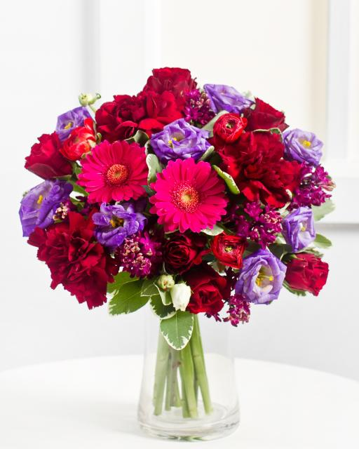 Romantiška violetinių atspalvių puokštė